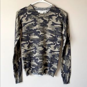 Planet Gold Olive Camo Lightweight Sweater Small